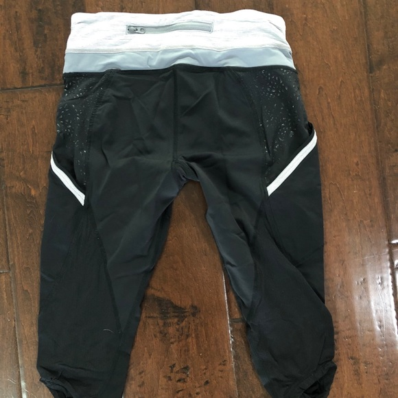 Lululemon short capris for running cycling rare